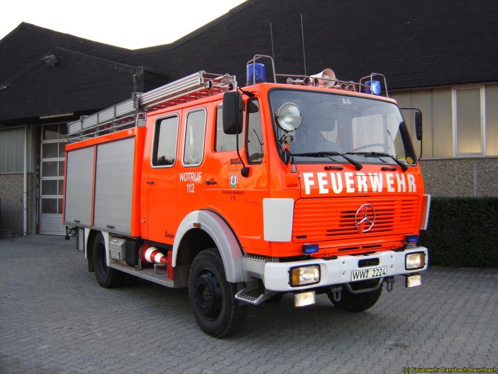 Löschgruppenfahrzeug LF 16 von 1983
