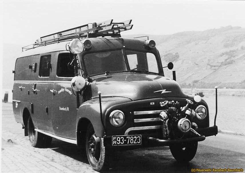 Löschgruppenfahrzeug LF 8 von 1952